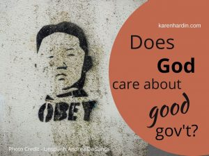 """pic of Mao declaring """"Obey"""""""